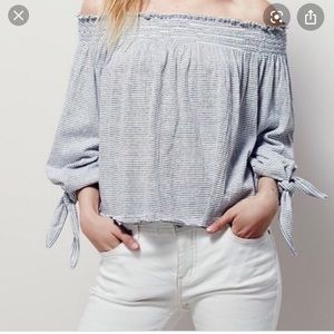 Free People off the should top